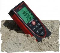 Laserentfernungsmesser Leica DISTO X310 _ N 550 214 _ im Sand [1600x1200]